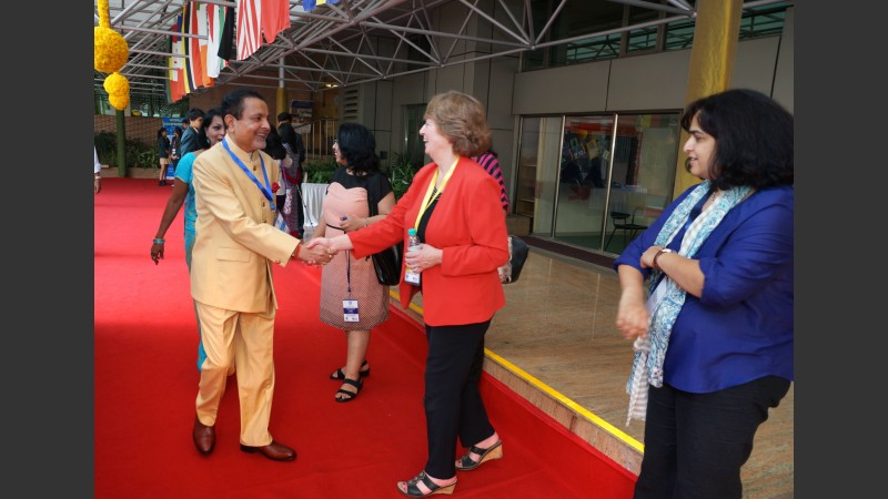 Dr Pradeep Sarda welcoming Dr Mary Hayden